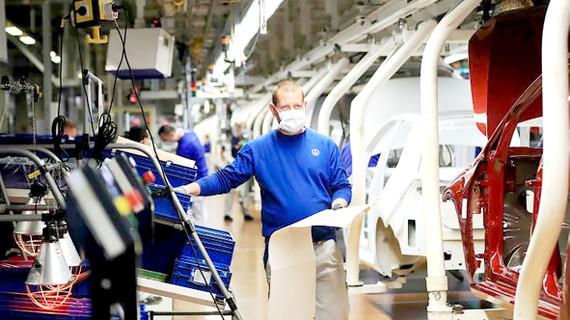 Một nhà máy sản xuất ô tô tại Đức