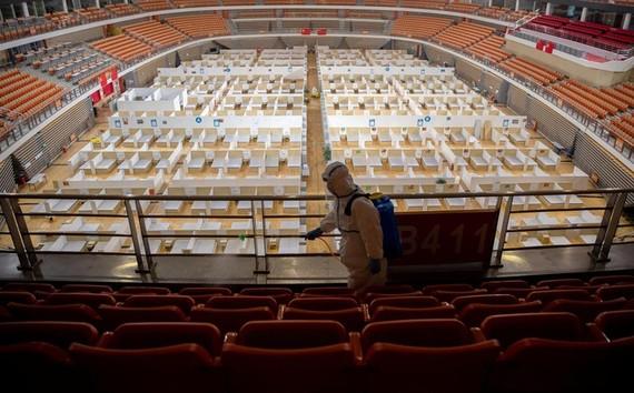 THẾ GIỚI  Bắc Kinh phát hiện thêm 36 ca Covid-19 liên quan chợ Tân Phát Địa Thủy Tiên09:34 15/06/2020Trung Quốc cho biết 36 ca bệnh mới ghi nhận ngày 14/6 là ở Bắc Kinh, ổ dịch mới của nước này có liên quan đến khu chợ nông sản ở phía nam thành phố. Ủy ba
