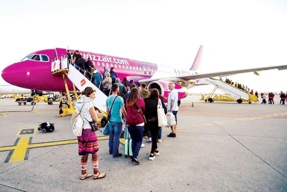 Khách đi chuyến bay của hãng hàng không Wizz Air, Hungary