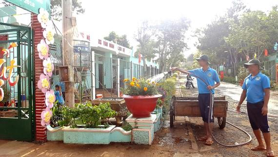 Giờ lao động tại Cơ sở Cai nghiện ma túy số 2, tỉnh Lâm Đồng. Ảnh: MAI HOA