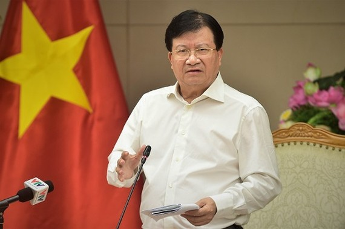 Phó Thủ tướng Trịnh Đình Dũng phát biểu tại cuộc họp. Ảnh: VGP