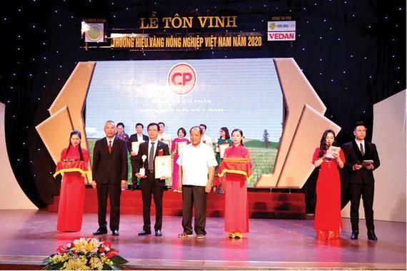 """CPV nhận giải thưởng """"Thương hiệu vàng Nông nghiệp Việt Nam 2020"""""""