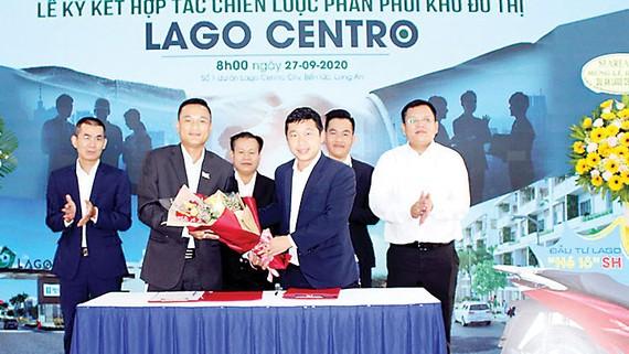 Lễ ký kết hợp tác chiến lược phân phối dự án Lago Centro thành công tốt đẹp