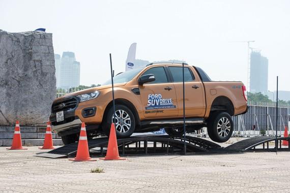 Tại Ford, có 3 công cụ mô phỏng NVH chính được sử dụng