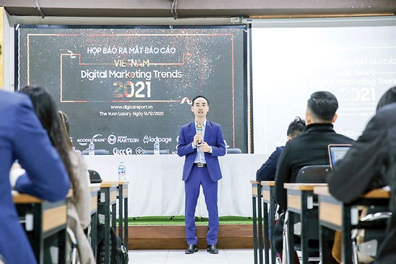 "Accesstrade Việt Nam giới thiệu ""Vietnam Digital Marketing Trends 2021"""