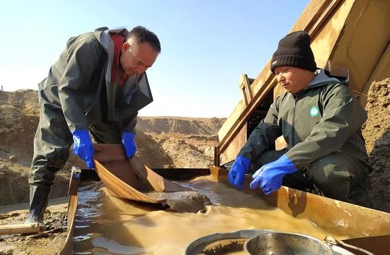 Đãi vàng ở Uzbekistan