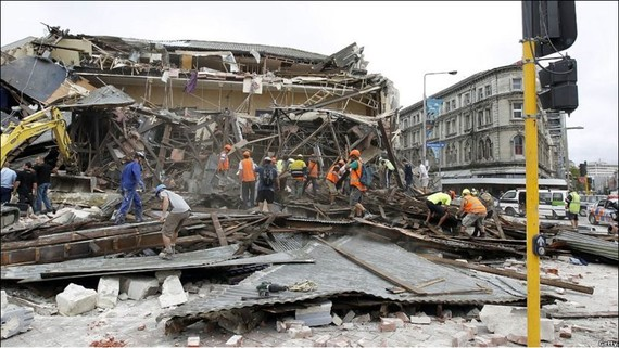 Trận động đất có cường độ 6,3 độ richter xảy ra ngày 22-2-2011, là thiên tai tồi tệ nhất New Zealand trong vòng 80 năm, cướp đi sinh mạng của 185 người