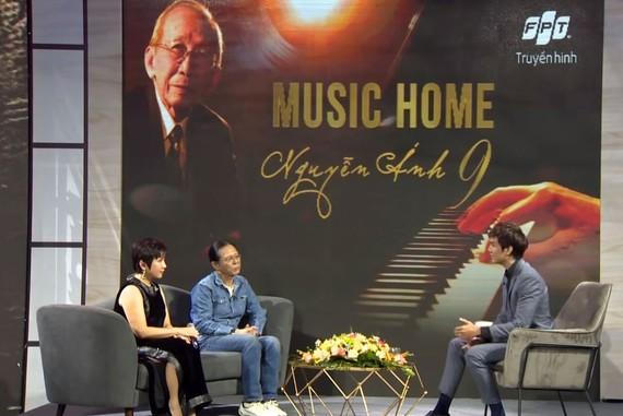 Chương trình Music Home mùa 3, với chủ đề về nhạc sĩ Nguyễn Ánh 9, trên nền tảng trực tuyến  (thời điểm ghi hình trước ngày 27-4)