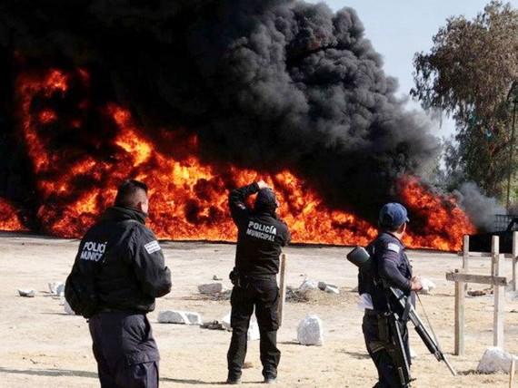 Một vụ cháy do ăn trộm nhiên liệu tại Mexico. Ảnh minh họa