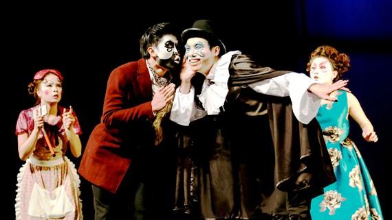 LucTeam và làn gió mới của sân khấu kịch