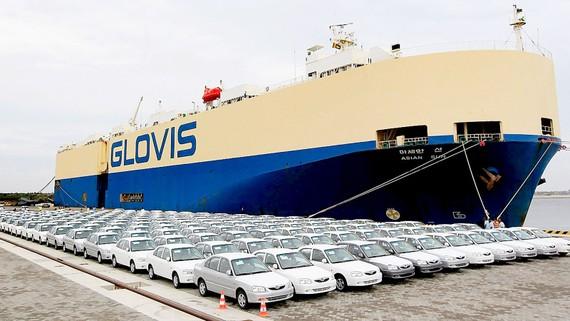 Xe hơi của Ấn Độ cập cảng Hambantota của Sri Lanka - hiện do Trung Quốc kiểm soát