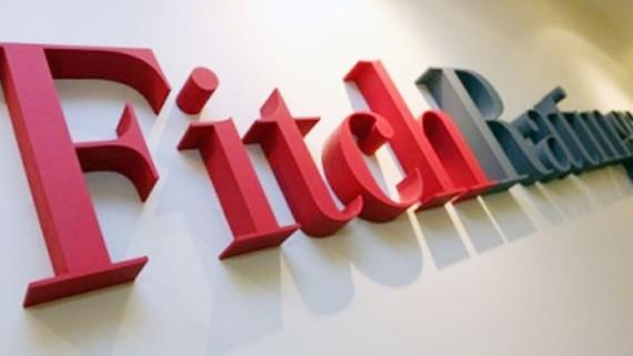 Fitch giữ nguyên mức xếp hạng nợ công ổn định của Pháp