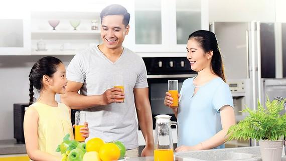 """Sun Life Việt Nam ra mắt sản phẩm  """"SUN - Trọn vẹn ước mơ"""""""
