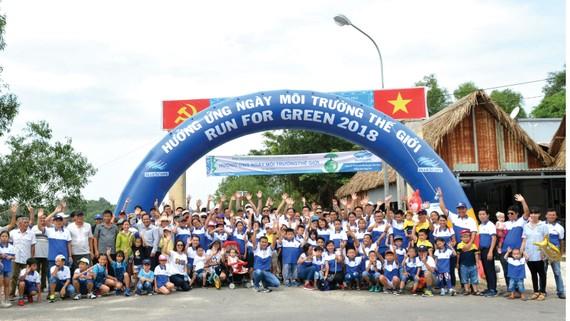 NS BlueScope Việt Nam tổ chức Ngày chạy việt dã vì môi trường