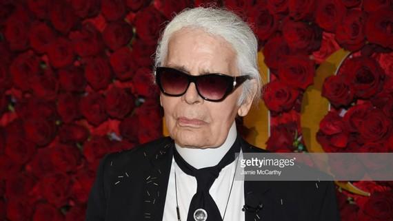 Huyền thoại thời trang Karl Lagerfeld qua đời ở tuổi 85