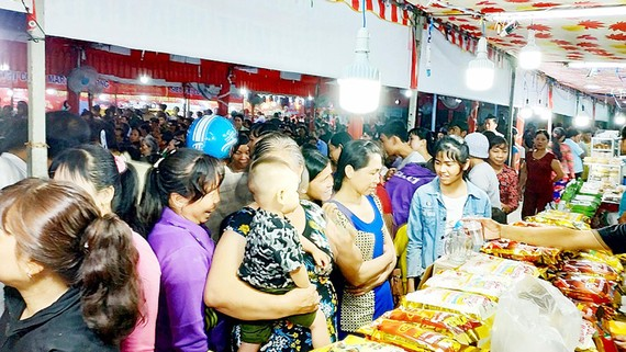 Đưa hàng Việt đến với người tiêu dùng để giúp doanh nghiệp phát triển sản xuất