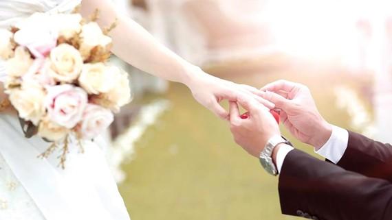 Hạnh phúc là phải vun đắp từ tình cảm chân thành,  không hình thành từ sự lớn - nhỏ của tiệc cưới