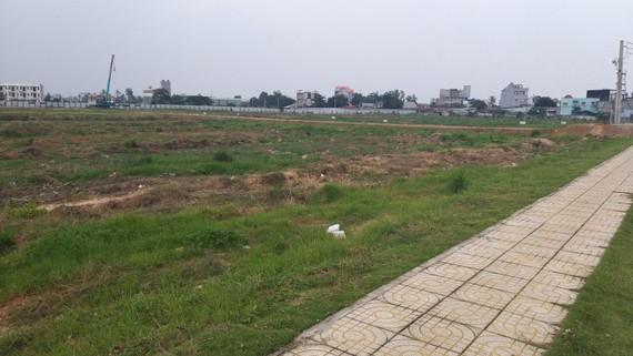 Dự án Picity High Park vẫn còn là bãi đất trống,  nhưng đã huy động vốn rầm rộ