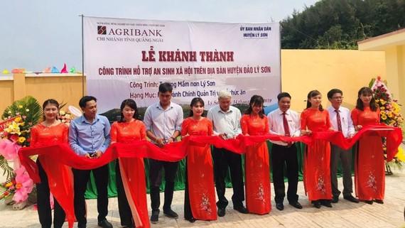 Khánh thành trường mầm non Lý Sơn (huyện đảo Lý Sơn, tỉnh Quảng Ngãi) do Agribank tài trợ kinh phí