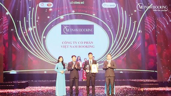 """Vietnam Booking là """"Thương hiệu Chất lượng châu Á 2019"""""""