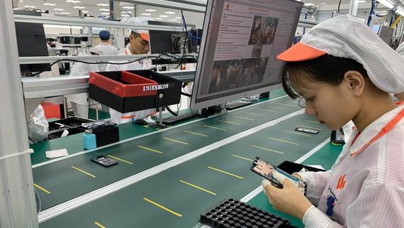 Smartphone thương hiệu Việt - Vsmart