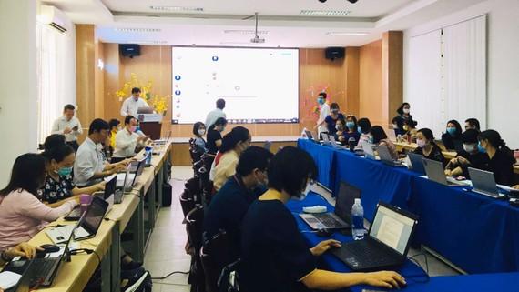 Các giảng viên Trường Đại học Bà Rịa – Vũng Tàu xây dựng bài giảng E-Learning để cung cấp cho sinh viên.