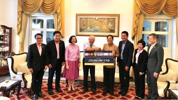 Hơn 3,5 tỷ đồng từ cộng đồng người Thái hỗ trợ bệnh nhân nghèo