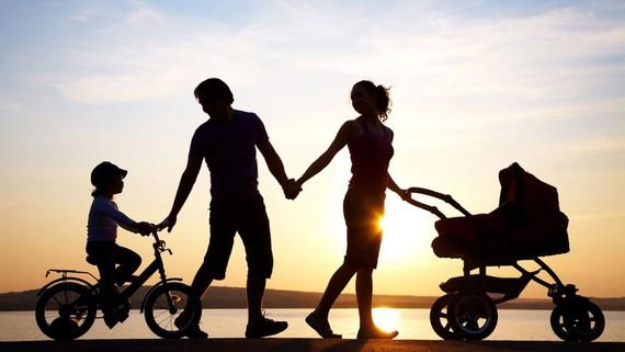 Trẻ con luôn cần tình thương của cha mẹ