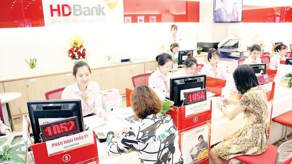 Chỉ cần gửi 10 triệu đồng, khách hàng có cơ hội trúng sổ tiết kiệm 1 tỷ đồng tại HDBank