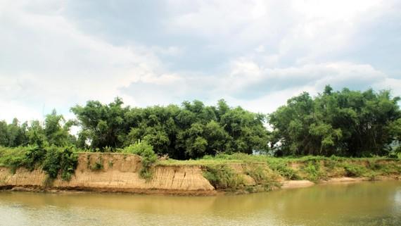 Nhà máy thủy điện Tiên Thuận vận hành gây sạt lở nặng nề vùng hạ du