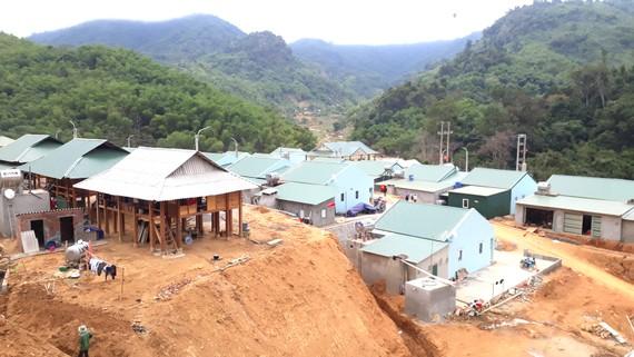 Xây dựng khu tái định cư cho dân bản Sa Ná (xã Na Mèo, huyện Quan Sơn, Thanh Hóa)