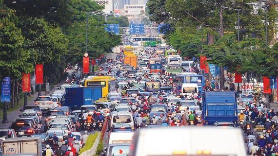 Đường Cộng Hòa, quận Tân Bình, thường xuyên ùn tắc vào giờ cao điểm