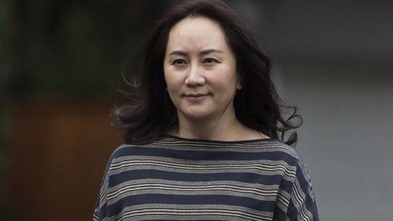 Bà Mạnh Vãn Chu, CFO Huawei bị Canada bắt giữ theo yêu cầu của Mỹ tại sân bay quốc tế Vancouver hồi tháng 12/2018. Nguồn: En 24 News