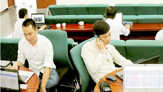 Thị trường chứng khoán: Hút vốn ngoại từ quỹ mới