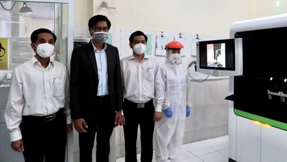 Tập đoàn SCG và Hóa dầu Long Sơn tặng Bà Rịa - Vũng Tàu hệ thống xét nghiệm Real-time PCR
