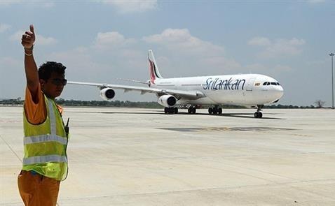 Bài học đắt giá nhờ Trung Quốc xây sân bay