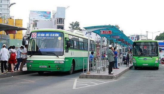 TPHCM: đầu tư thêm gần 1.000 xe buýt