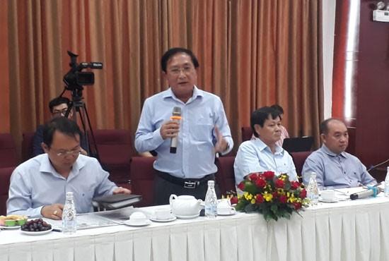 Ông Nguyễn Văn Đực phát biểu hội thảo.