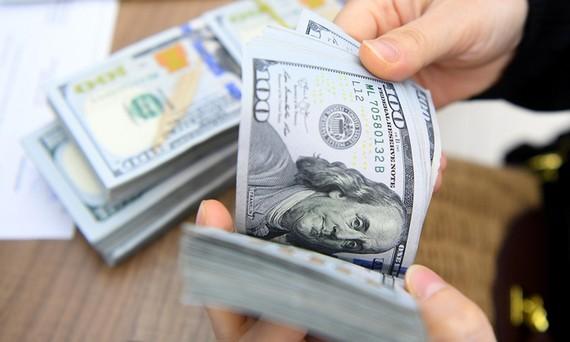 Người Việt ở nước ngoài gửi về nước 17,2 tỷ USD trong cả năm 2020. Ảnh minh họa