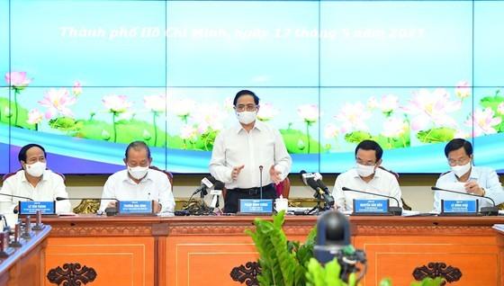 Thủ tướng Phạm Minh Chính phát biểu trong buổi làm việc với TPHCM. Ảnh: VIỆT DŨNG