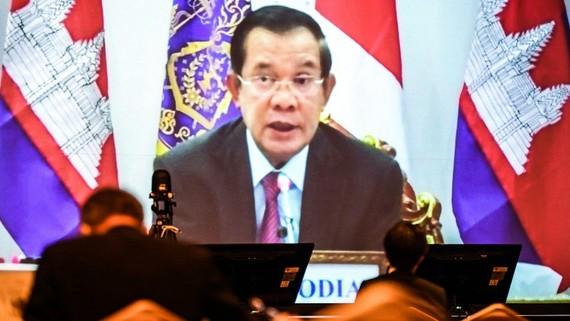 Thủ tướng Campuchia Hun Sen phát biểu hôm 20-5 trong Hội nghị quốc tế về Tương lai châu Á lần thứ 26 (trực tuyến). Ảnh: NIKKEI ASIA