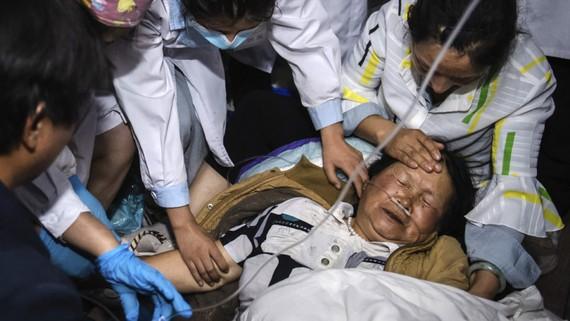 Động đất ở Vân Nam, Trung Quốc, hàng chục người thương vong