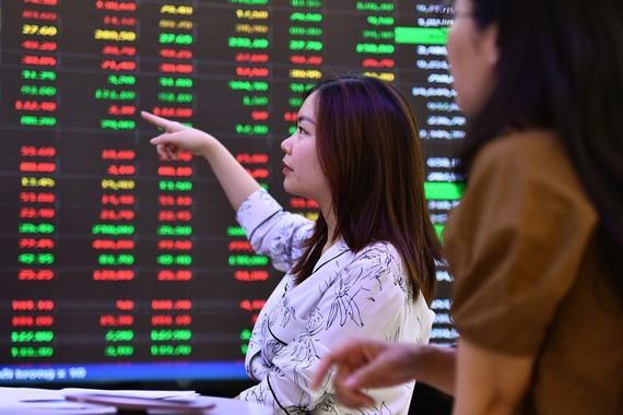 25/26 mã cổ phiếu ngân hàng tăng giá trong tháng 5 và từ đầu năm. Ảnh: Hoàng Hà.