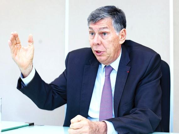Chủ tịch EuroCham tại Việt Nam Alain Cany khẳng định: Các DN châu Âu sẽ tiếp tục sát cánh cùng Việt Nam trong những thời điểm khó khăn.