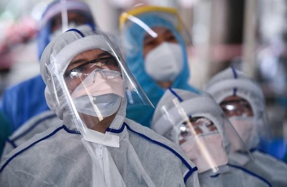 Ba biện pháp TPHCM cần áp dụng để chống dịch Covid-19