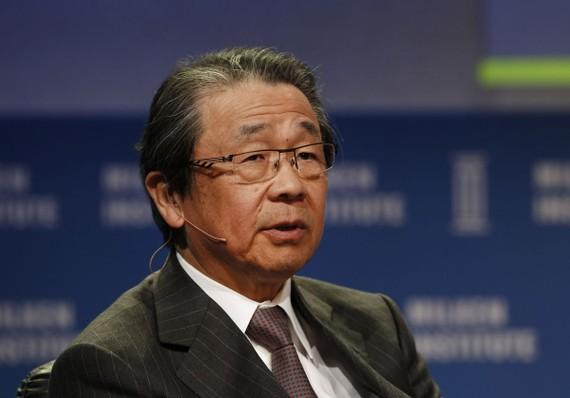 Chủ tịch Hội đồng quản trị Osamu Nagayama của Toshiba bị phế truất.