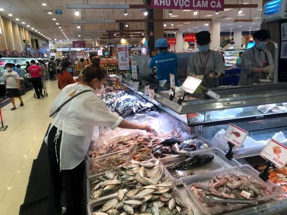 Sức mua 'đi chợ giúp' giảm mạnh đến 60% so với tuần trước.