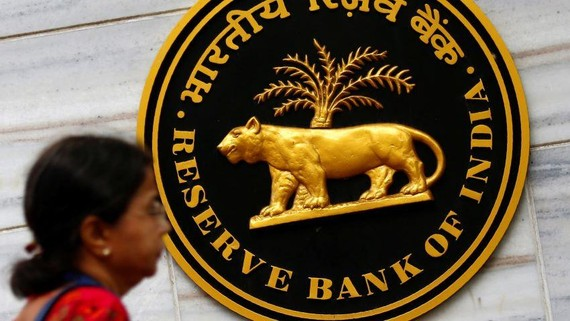 Reserve Bank of India led by Gov. Shaktikanta Das cut the policy rate to boost Indian economy.   © Reuters