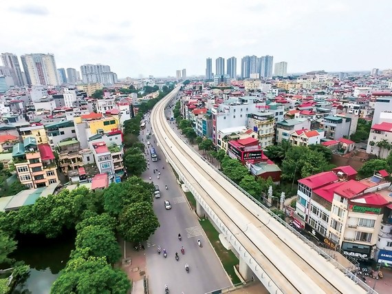 Cat Linh - Ha Dong railway is sluggish in construction investment for many reasons. Photo: VIET CHUNG