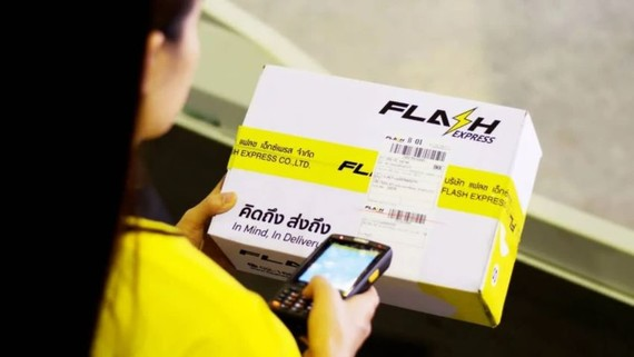 Flash Express, one of the newcomers in Thailand's logistics industry, offers home delivery for as low as 19 baht per parcel. (Photo courtesy of the company)